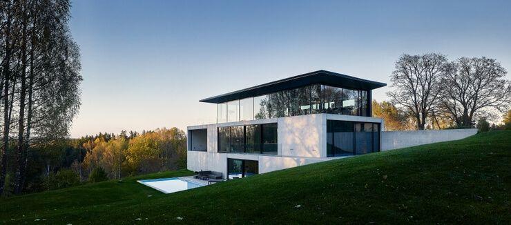 Ultramoderný dom, ktorý vyzerá z každej strany ináč