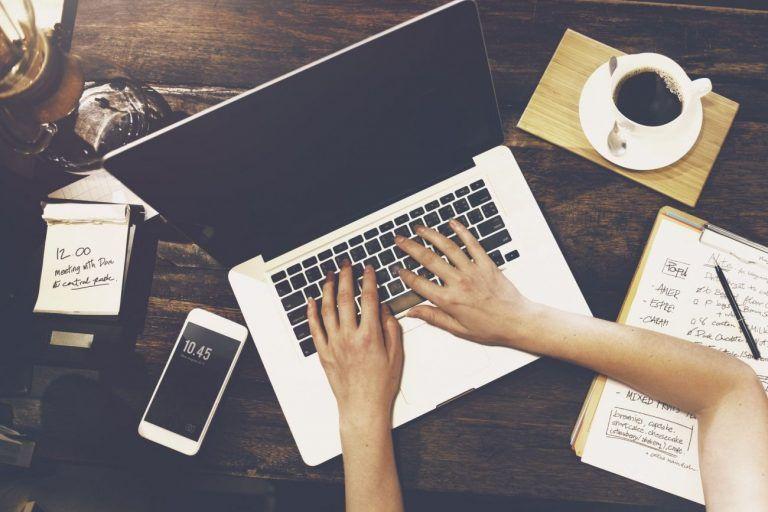 Ako zarobiť peniaze na internete už za 3 mesiace?