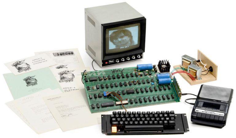 Apple I z roku 1976 je na predaj – Kúpte si funkčný kus histórie