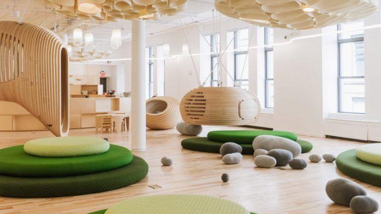 Dizajnová škola v New Yorku podporuje interakciu a hranie