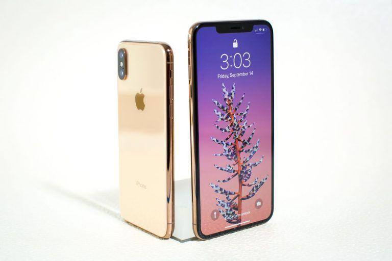 Koľko dní musí pracovať Slovák aby si kúpil iPhone XS