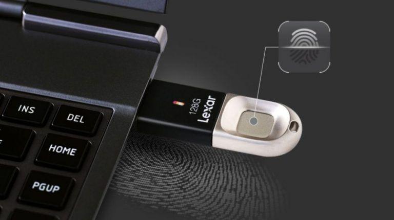 USB s otlačkom prsta môžete mať od spoločnosti LEXAR