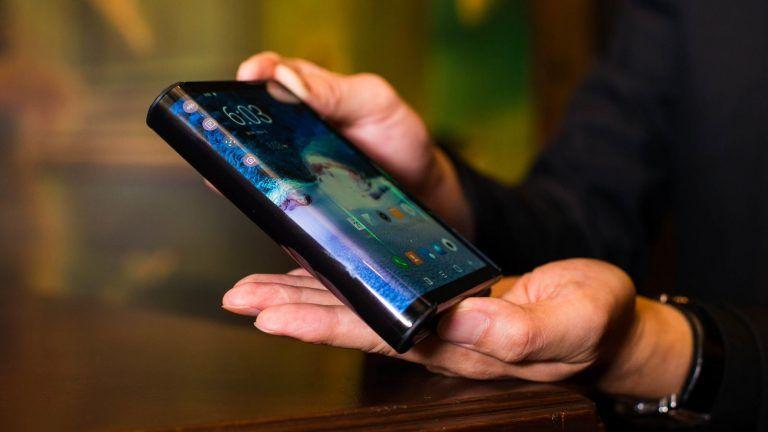 Skladací smartfón od Samsungu bude extrémne predražený